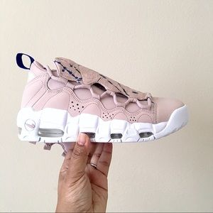 Nike Air More Money Women Size 8